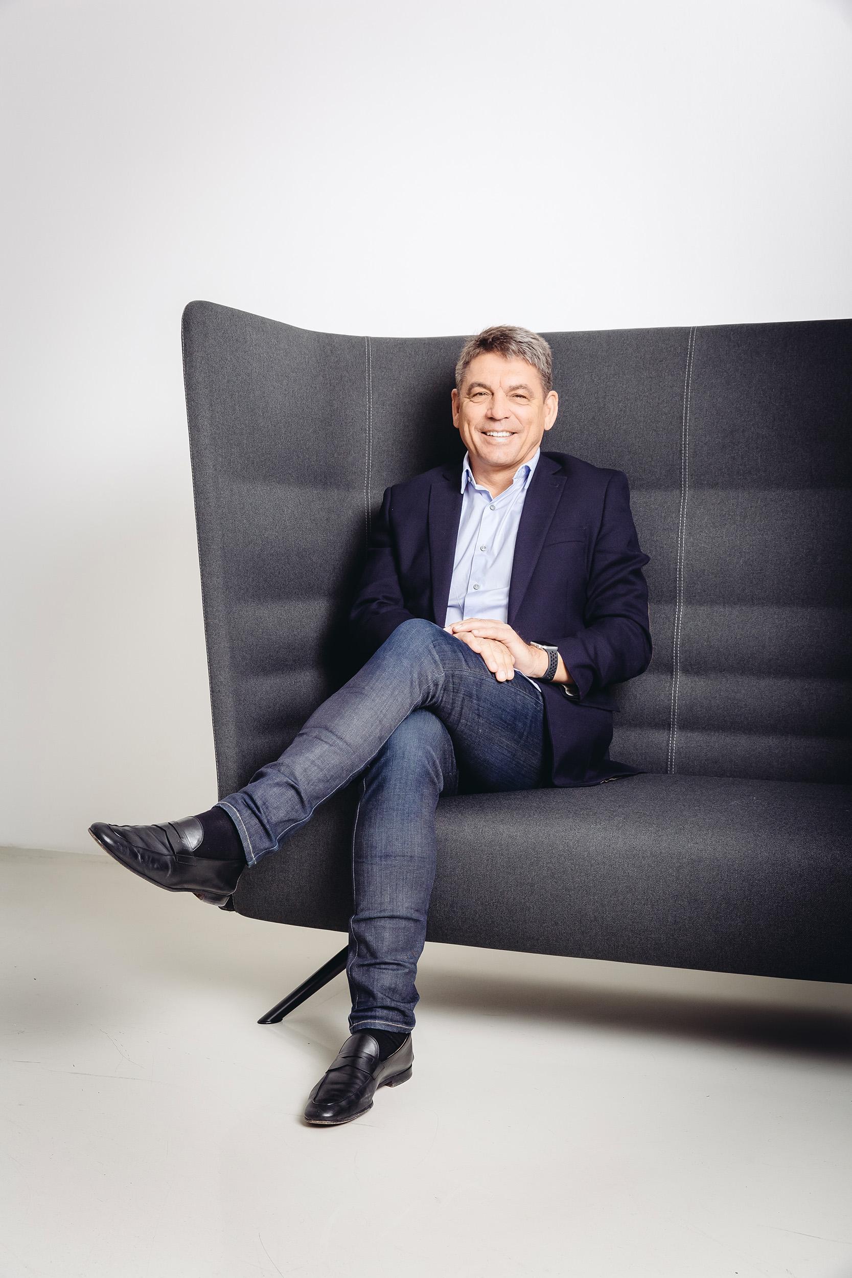 : Carsten Breitfeld – CEO & Co-Founder Byton